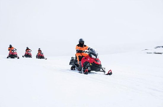 Snowmobiling on Langjökull Glacier ...