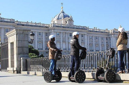 Recorrido por la ciudad de Madrid en...