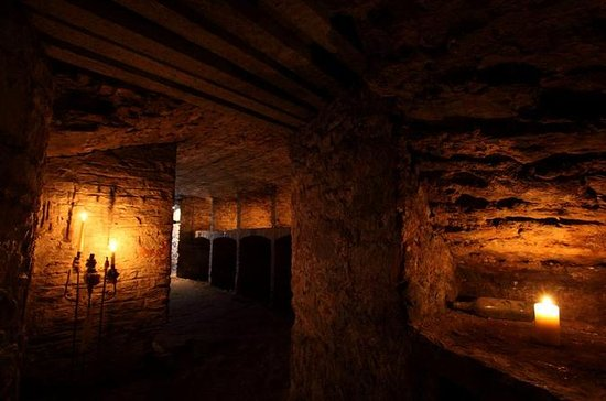 Edinburgh Super Saver: Underground Vaults Walking Tour and Blair ...