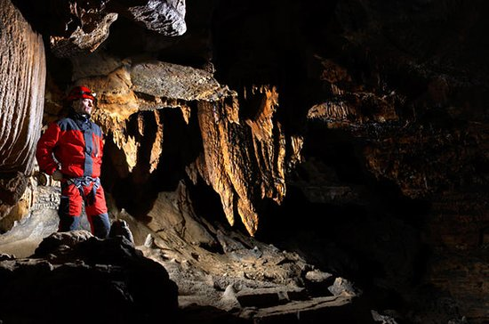 Caving Taster Day in Peak District
