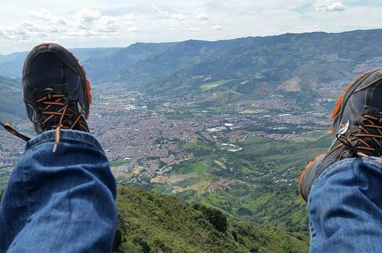 Medellin Paragliding and Christmas Lights Private, Custom Tour