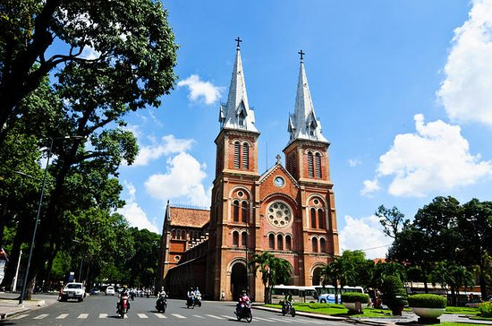 Private Tour: Ho Chi Minh City...