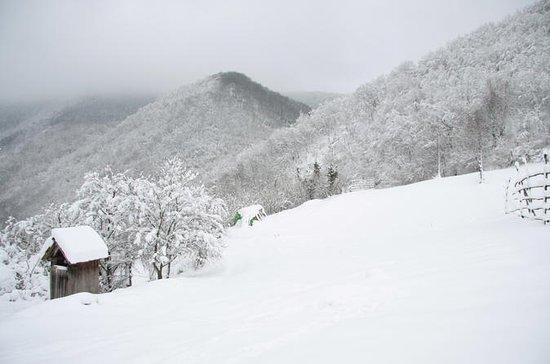 SamoborとNP Zumberak Priavetザグレブからの冬のハイ…