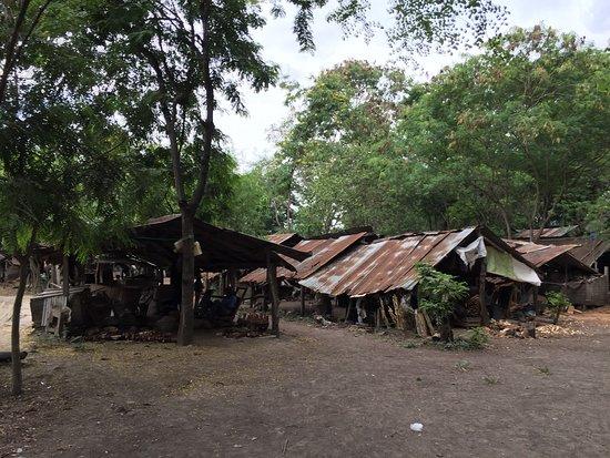 Akamba Handicraft : photo3.jpg