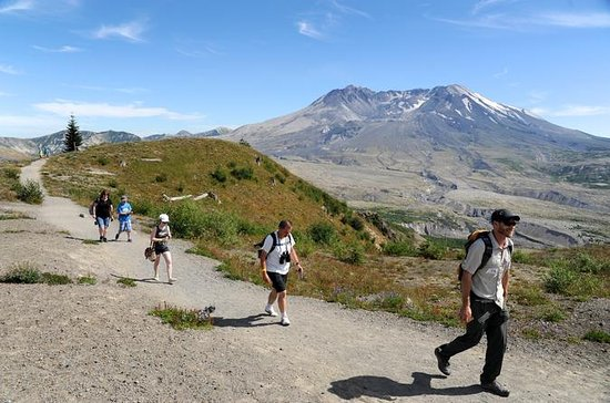 Portland to Mount St Helens Volcano...