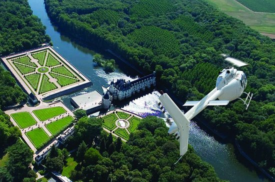 Loire Valley Castles Helicopter Tour
