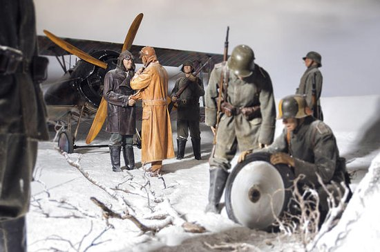 WWI and WWII Combo Exhibitions at the ...