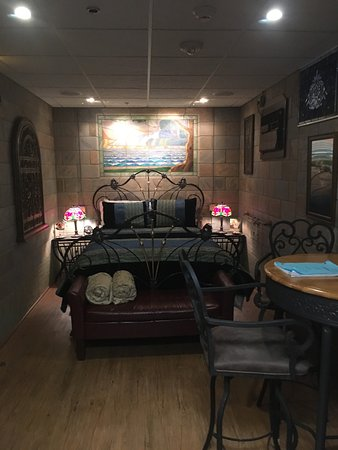 The Old Vermilion Jailhouse Bed and Breakfast