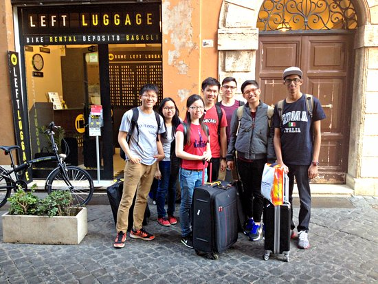 Rome Left Luggage - Storage & Transfers
