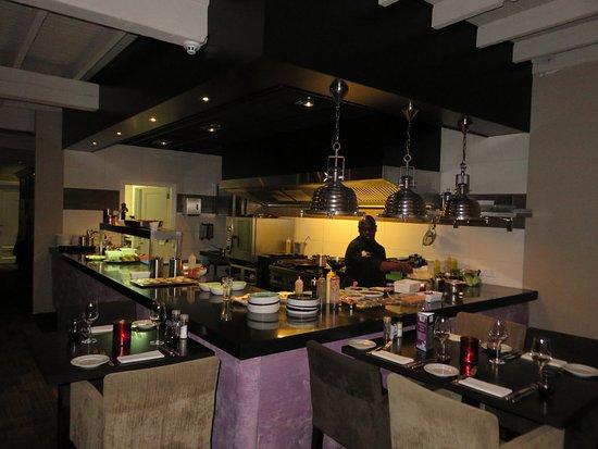 Elst, Hollanda: Een open keuken waar alle lekkers vandaan komt