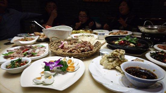 Bengbu, Cina: 餐餐精彩