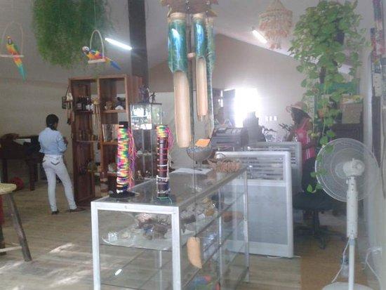 Rep Dom Tours: Gäste im Shop