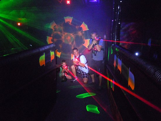 Shasta Lake, Kalifornien: Laser Tag