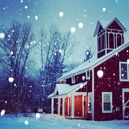 Manchester, VT: Snow Flakes are Falling! Winter is here!