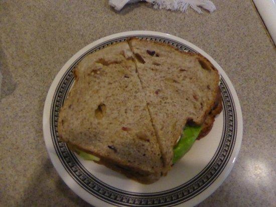 Marshall, VA: Sandwich
