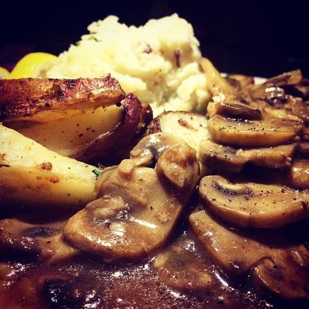 Moscow, PA: Chicken Marsala