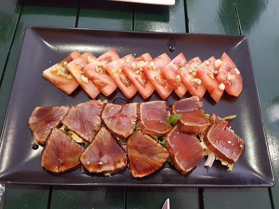 Burguillos, Spain: Tuna & Tomatoe