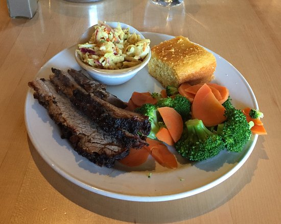 Big T's BBQ: 1 Meat Beef Brisket Meal With Two Sides