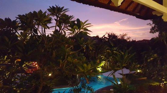Bali Wirasana Hotel: 20161223_185940_large.jpg
