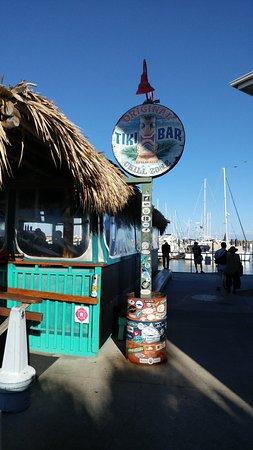 Fort Pierce, FL: Entrance to The Original Tiki Bar