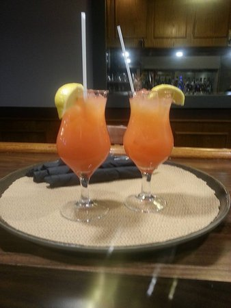 St. Marys, كندا: Come by tonight and enjoy one of our Cran-Dandy coolers