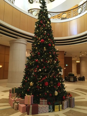 Hilton Tokyo Odaiba: 1階のクリスマスツリー