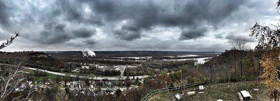 เรดวิง, มินนิโซตา: Mississippi River