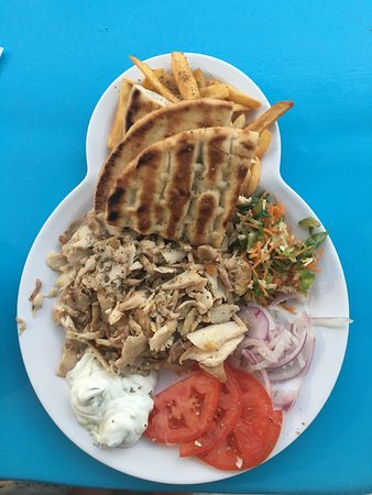Sakis Grill House: Tasty souvlaki in the heart of Mykonos Town 👌🏻