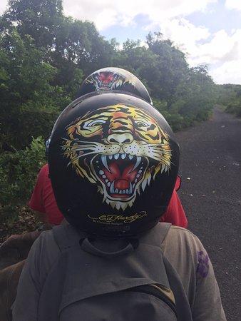 Saint Louis, Guadeloupe: Quad à travers sentiers