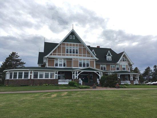 Dalvay by the Sea Hotel: 静かで素晴らしいホテル。スタッフもとても親切。レストランがディナータイムに貸切になっていることも多く、車がないと何処へも出られなくて不便。