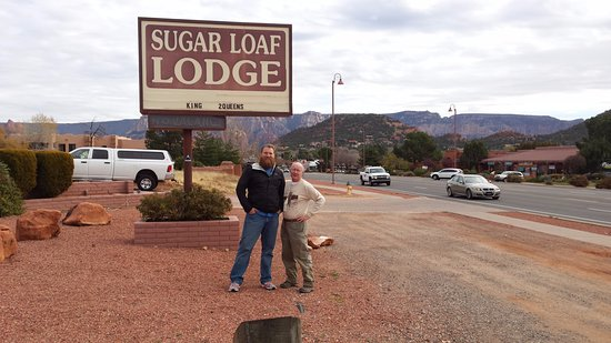 Sugar Loaf Lodge : Thor is on the left......