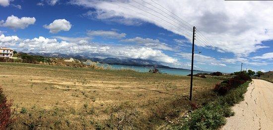 Kounopetra, اليونان: Droga na plaże
