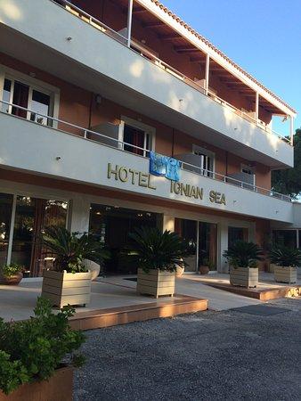 Kounopetra, اليونان: Wejście do hotelu