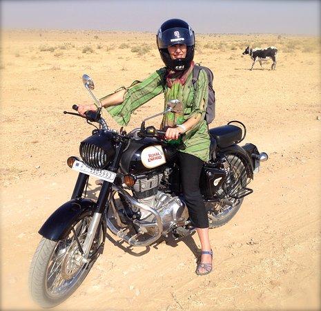 the best desert bike ride ever picture of bike riders jaisalmer