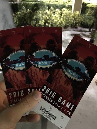 FAU Stadium : Boca Raton Bowl tickets