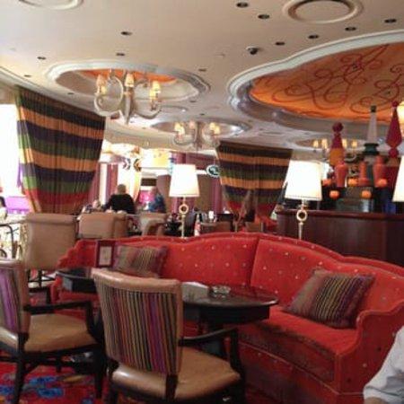 Parasol Picture Of Parasol Up Parasol Down At Wynn Las Vegas Las