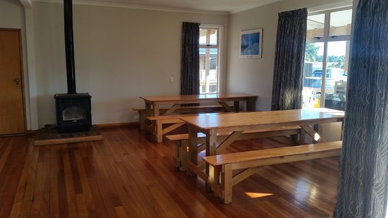 Plateau Lodge: Campground dining room