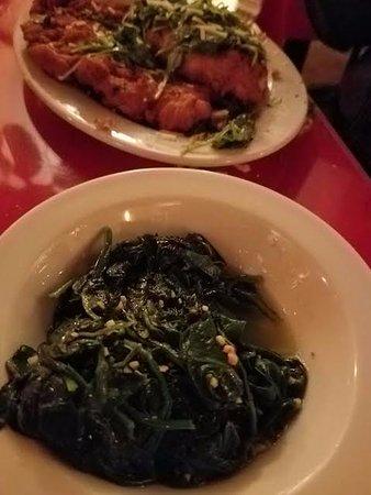 Johnson City, Estado de Nueva York: side of spinach