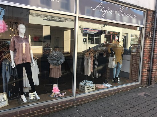 Newhaven, UK: Asyia-Summer Boutique