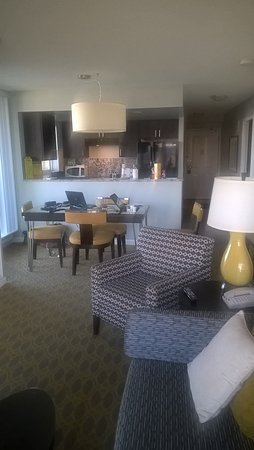 WorldMark Victoria: Living room of the handicapped 2-bedroom penthouse unit.
