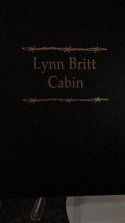 Lynn Britt Cabin : photo3.jpg