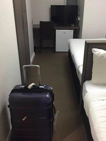 Leisure Inn Sydney Central: Standard twin room