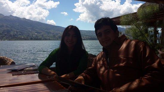 San Pablo Del Lago, Ecuador: The restaurant is next to San Pablo Lake