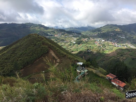 Kundasang, Μαλαισία: The valleys beyond