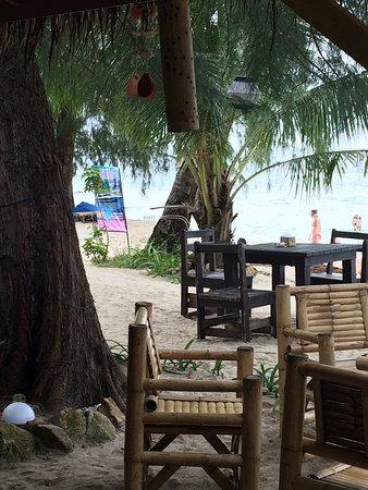 Secret Beach Bungalows: photo1.jpg