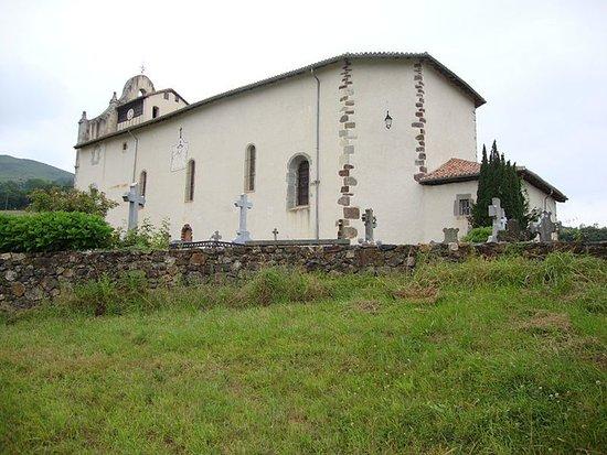 Église Saint-Cyprien, Mendionde (Pyrénées-Atlantiques, Nouvelle Aquitaine), France.