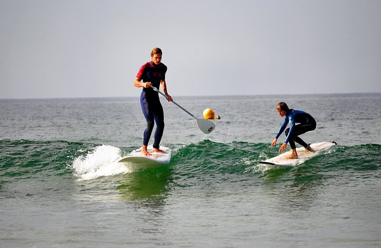 Ploemeur, France: Esb fort bloque surfschool propose stand up paddle (sup) and surfing lesson's