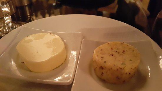 Le Restaurant Selman: Масло.