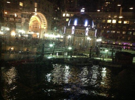 Boston's Best Cruises: Harbour cruise