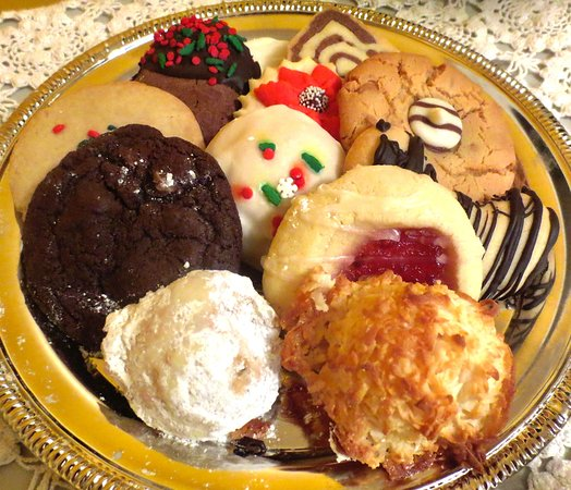 Turners Falls, MA: 12 cookie platter